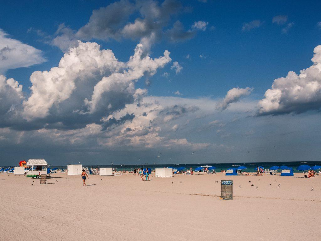 Strand in Miami Beach - Florida Rundreise mit Kindern