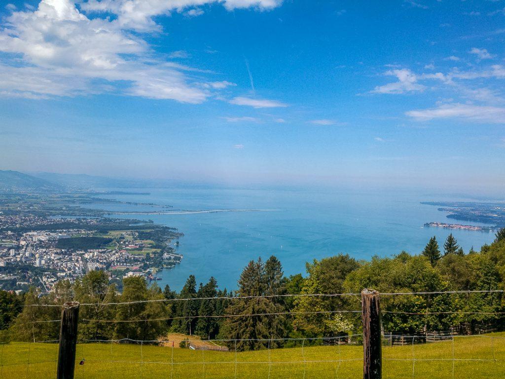 Bodensee und Alpenpanorama - Der Pfänder ist ein beliebtes Ausflugsziel bei einem Urlaub am Bodensee
