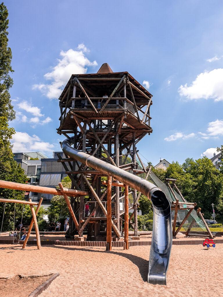 Ein toller Spielplatz in der Nähe des Kanuverleihs